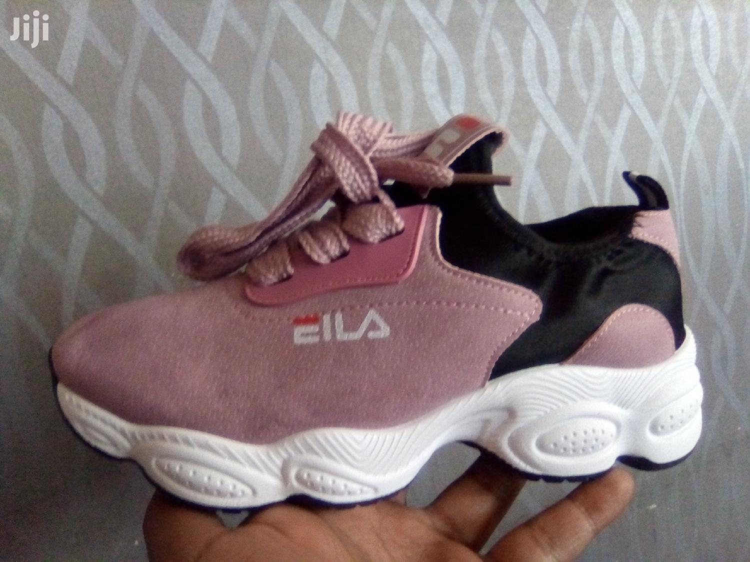 Quality Sneaker Shoes For Girls