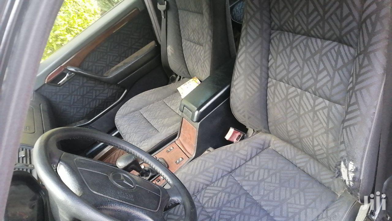 Archive: Mercedes-Benz C180 1994 Black