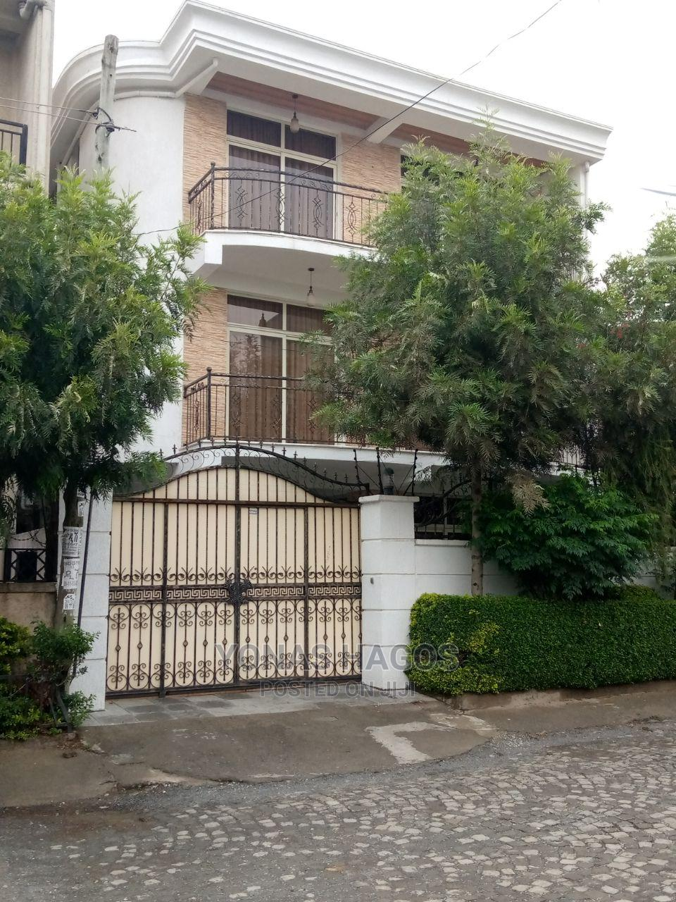 5bdrm House in ኤመራልድ, Bole for sale