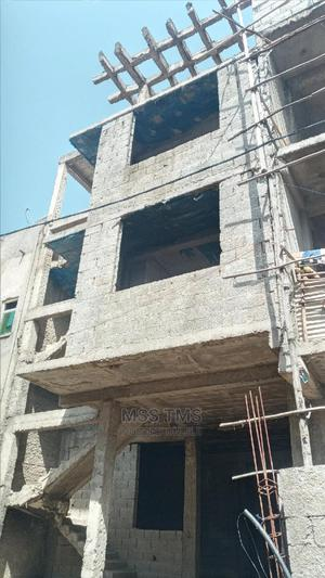5 Bedrooms House for Sale in Haile Garment, Nifas Silk-Lafto | Houses & Apartments For Sale for sale in Addis Ababa, Nifas Silk-Lafto