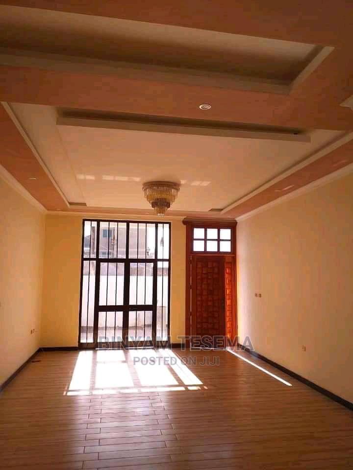 5bdrm House in ኤመራልድ, Bole for sale | Houses & Apartments For Sale for sale in Bole, Addis Ababa, Ethiopia
