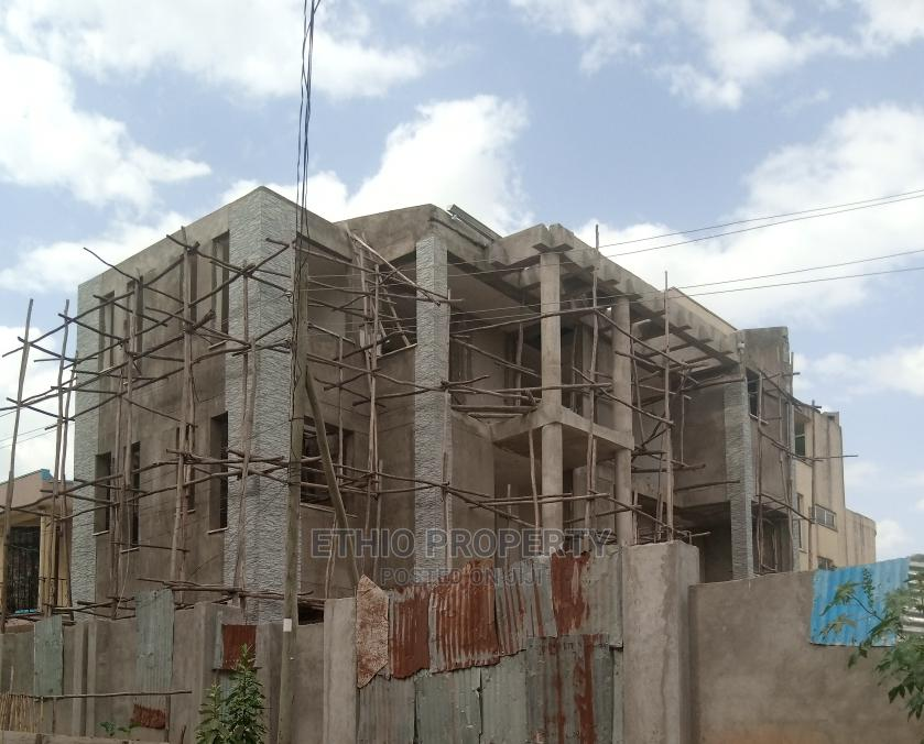 6bdrm House in G+1, Bole for Sale