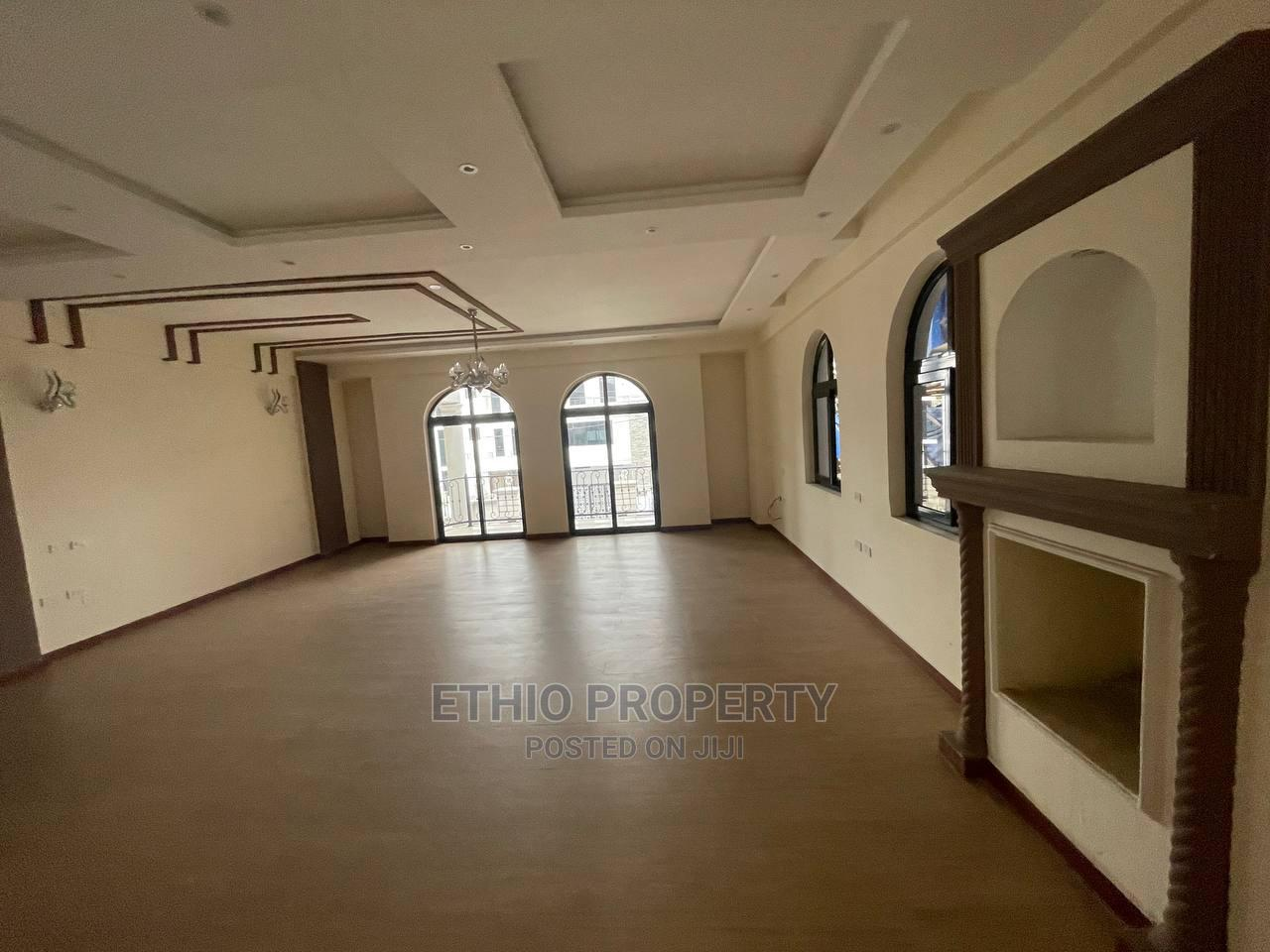 8bdrm House in ቦሌ, Bole for Sale   Houses & Apartments For Sale for sale in Bole, Addis Ababa, Ethiopia