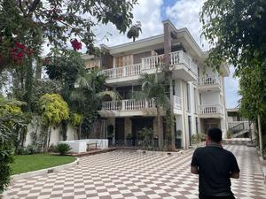 6bdrm House in Nifas Silk-Lafto for Sale | Houses & Apartments For Sale for sale in Addis Ababa, Nifas Silk-Lafto