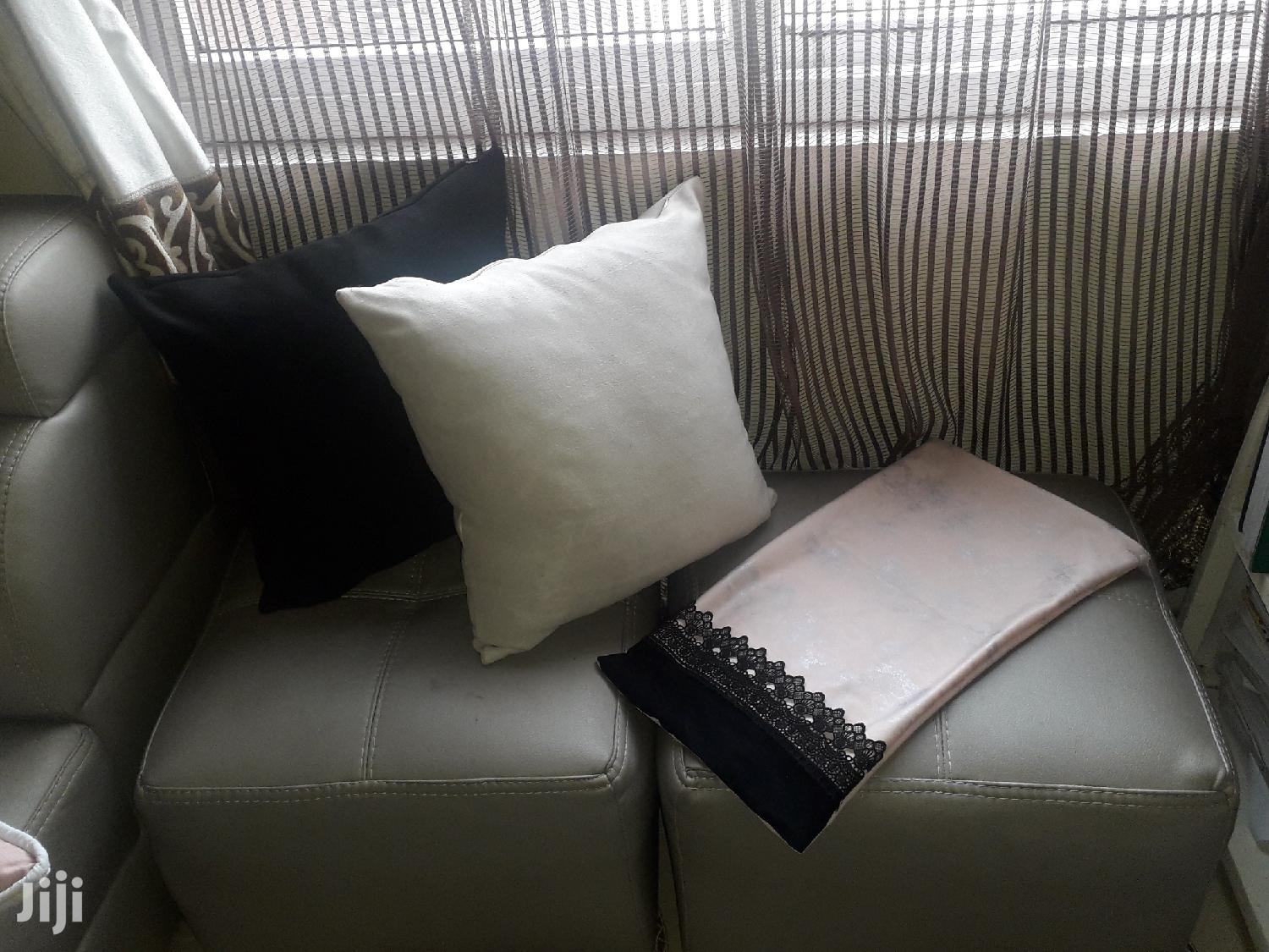 Archive: Decorative Throw Pillows
